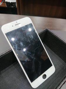 iPhone8 ガラス交換 ガラスコーティング