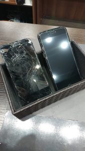 アイフォン7 ガラス割れ 画面交換