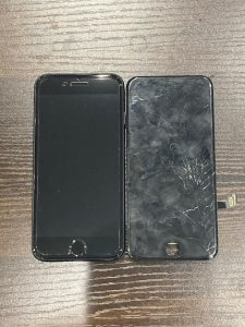 iPhone 7 ガラス割れ 画面交換 桑名市