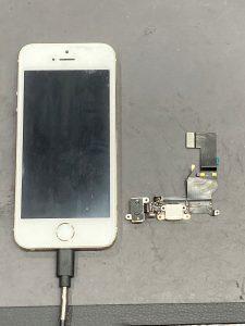iPhone 5s ドックコネクタ交換 いなべ市